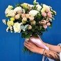 #ПетровскийСад56<br>Телефон для заказов ???<br>? 8 (922) 829-10-00<br>? 90-10-00<br>?? Свадебные букеты ? в нашем отделе цветов на Большом Складе!! ???<br>Лёгкий, воздушный или классический ☺️ Нежный или яркий! ??<br>Букет мечты для невесты - это наша задача ☺️?<br>Мы рады быть частью вашего праздника!!! ????<br>Букет можно заказать заранее✨ Просто напишите нам в Директ ☺️?<br>Любишь? Скажи это цветами ???❤️? @petrovskymarket ??<br>